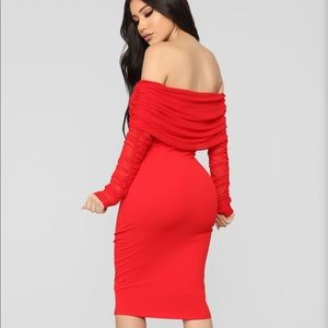 """""""Take me on a Dinner Date"""" Red Dress 💋"""